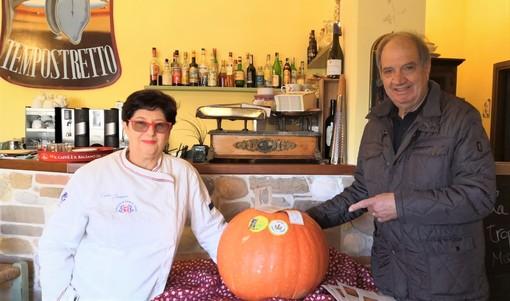 Osteria del Tempo Stretto di Albenga: fervono i preparativi per la serata con La Zucca di Rocchetta di Cengio