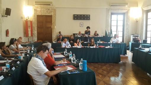 """Consiglio Comunale Savona, mozione bloccata dal Presidente Giusto. La maggioranza replica al PD: """"Normale applicazione del regolamento"""""""
