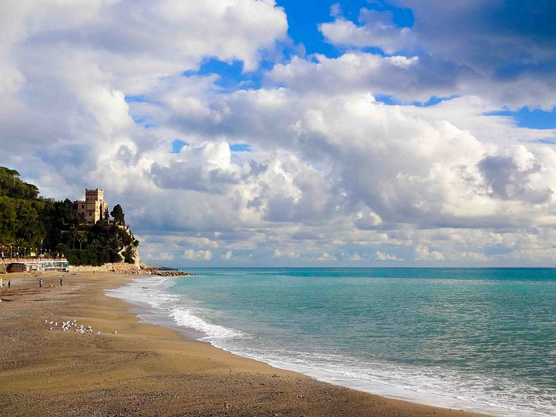 Bagni garibaldi spiagge stabilimenti balneari finale ligure