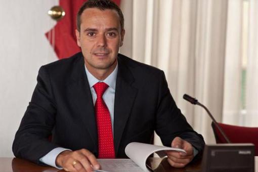 """Polo Scolastico, Ciangherotti ribatte al sindaco Cangiano: """"Mi stupisce la sua reazione scomposta di fronte alla mia richiesta"""""""