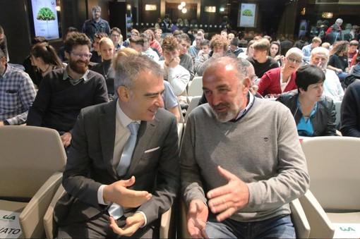 Il meteorologo Andrea Giuliacci e il presidente di Cia Cuneo, Claudio Conterno, prima dell'inizio dell'incontro