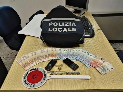 """Spaccio dall'ex ospedale di Albenga, Perrone risponde a Boscaglia: """"Non ti accorgi dei problemi di ordine pubblico neppure dove prendi il caffè"""""""