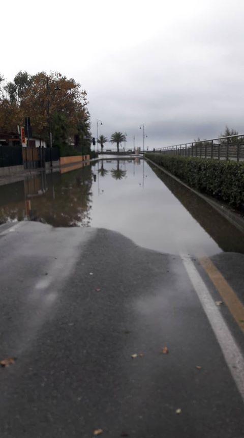 Precipitazioni e allagamenti: disagi alla viabilità ad Albenga e a Ceriale (FOTO e VIDEO)