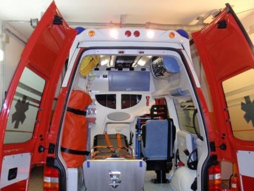 Frontale tra due macchine sul Cadibona, due feriti
