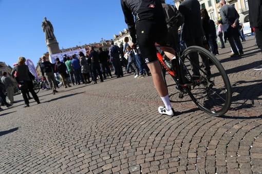 Al via la prima Cuneo-Imperia, una forte sinergia tra due territori nei 170km di corsa per i campioni del domani (FOTO e VIDEO)
