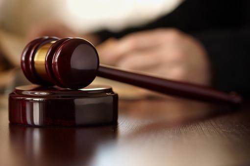 Sorpreso a spacciare ad una sagra di paese: pregiudicato savonese condannato a dieci mesi