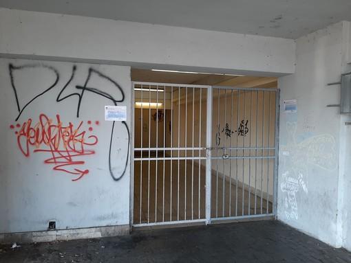 """Savona, chiusura sottopasso ferroviario da piazza Aldo Moro. Il Comitato dei Pendolari: """"Gravi problemi di sicurezza"""""""