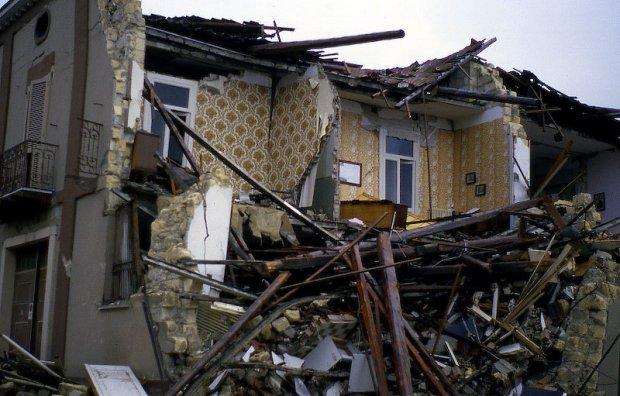 Terremoto silp cgil ringrazia i soccorritori e volontari for Chi fa le leggi in italia