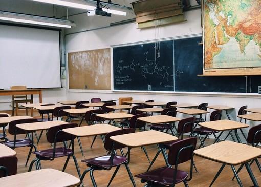 Savona, studente del liceo Chiabrera positivo al Covid: classe in quarantena