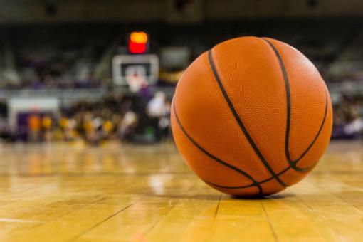 Aggredisce l'arbitro durante una partita di basket, 5 anni di squalifica per il giocatore