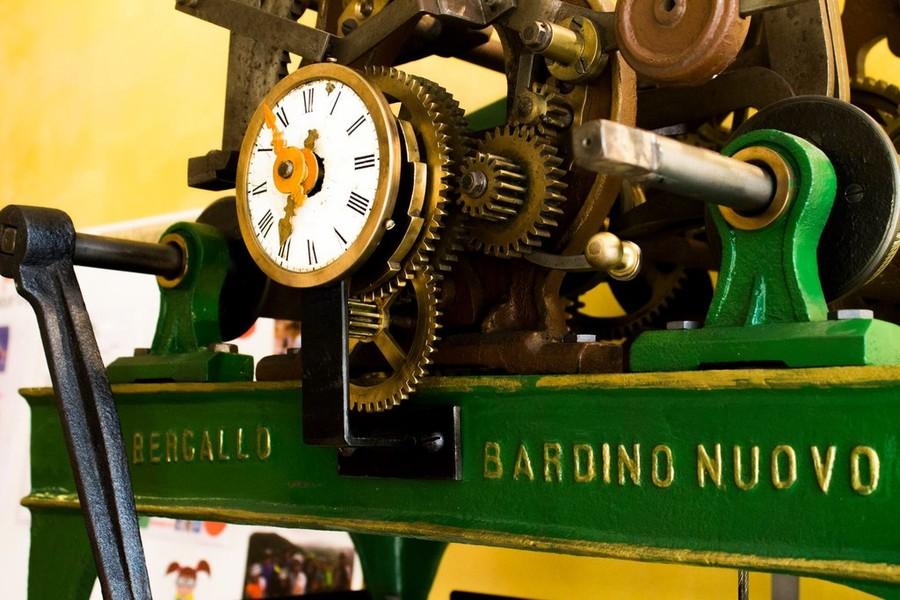 ben noto scegli l'autorizzazione nuova versione Presentazione del Catalogo Museo dell'Orologio da Torre ...