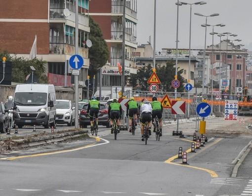 """Savona, restyling via Nizza e corso Vittorio Veneto, una commerciante sul piede di guerra: """"Siamo vittime, nessuno viene a spiegarci cosa stanno facendo"""""""