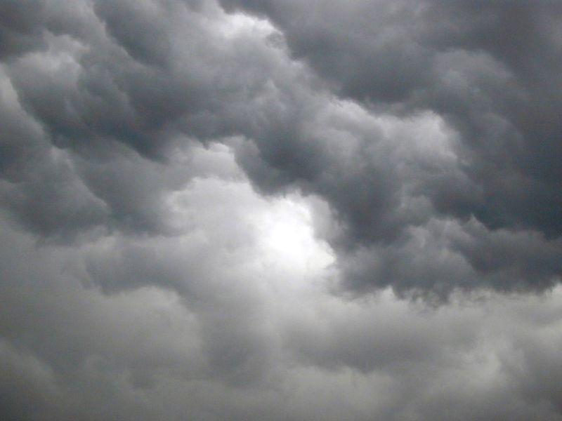METEO LIGURIA: domenica di MALTEMPO con PIOGGE LOCALMENTE FORTI, anche a GENOVA