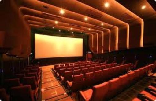 Nella foto: il teatro Moretti
