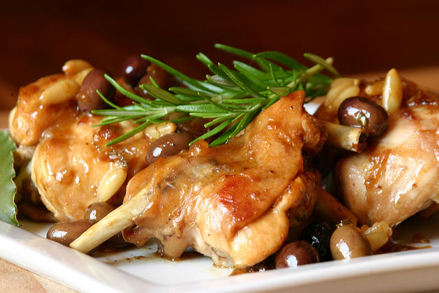 Coniglio alla taggiasca ricetta ligure coniglio cinese for Menu cinese ricette