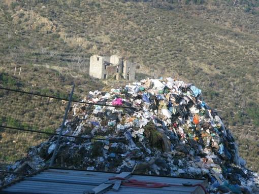"""Varazze, Cerruti attacca Bozzano: """"Bugie sulla discarica della Ramognina""""; il primo cittadino: """"La Regione ci ha richiesto questo"""""""