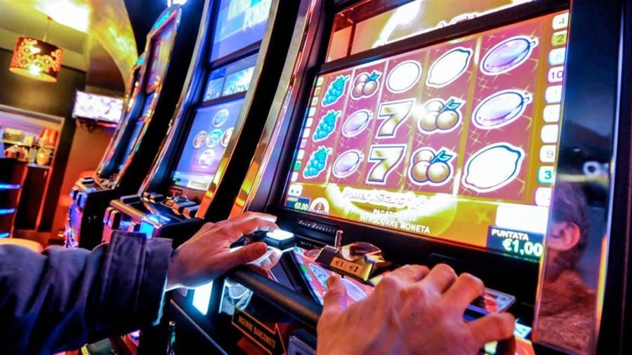 Slot machine legge