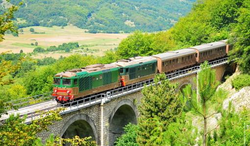 Un tratto della linea ferroviaria Cuneo-Ventimiglia-Nizza