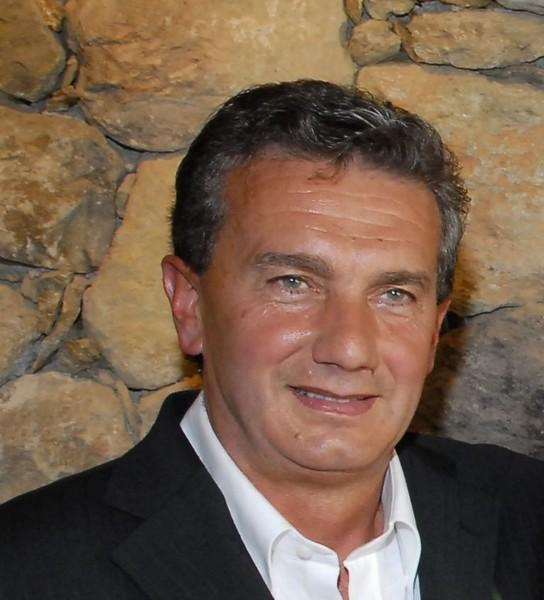 Franco Bologna ai microfoni di Radio Onda Ligure 101 ...
