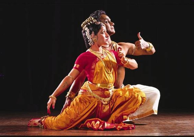 pausa di riflessione  - Pagina 2 Danza-indiana