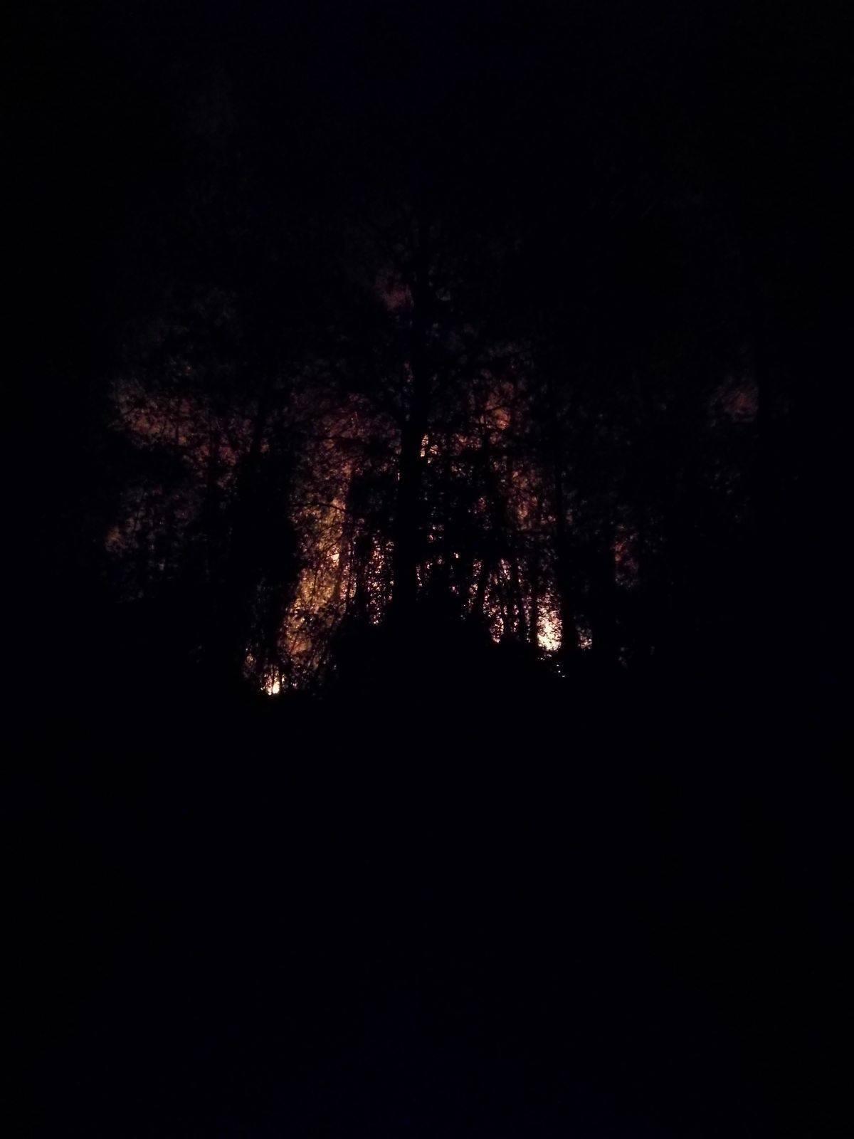 Stellanello e Mioglia, i due incendi verranno presidiati tutta la notte