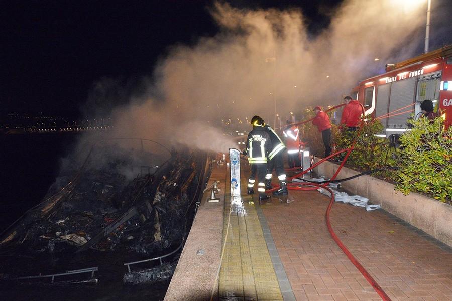 Yacht a fuoco a Loano, verso l'archiviazione il procedimento per omicidio ed incendio colposo