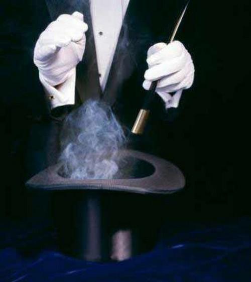 Savona le officine della magia spettacolo di magia per - Imagenes con trucos opticos ...