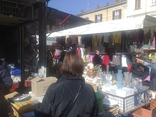 Alassio, spostamento del mercato da via Pera causa lavori a piazza Paccini