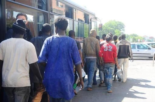 Migranti e accoglienza, scaduta la gara per l'affidamento dei centri collettivi nel savonese: partecipano le cooperative