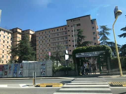 Genova, si spara accidentalmente ad una mano, guardia giurata trasportata al San Paolo di Savona