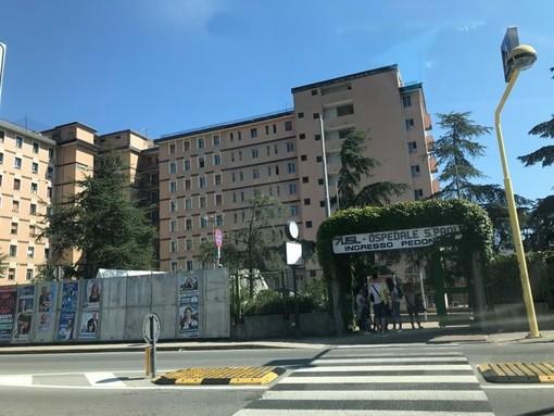 Chiama dicendo che è presente una bomba all'ospedale San Paolo di Savona: fortunatamente un falso allarme