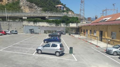 Riaperto il parcheggio della Piaggio di Finale Ligure dopo la momentanea chiusura