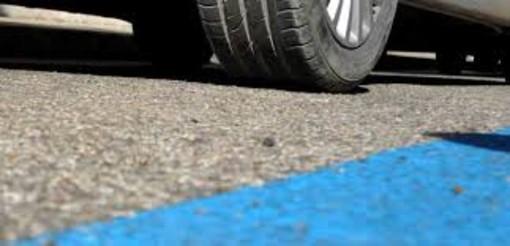 """Borgio Verezzi: i parcheggi """"blu"""" diventano gratis fino a fine anno"""