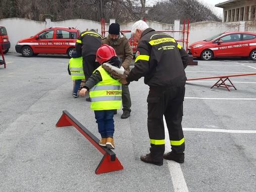 Savona, vigili del fuoco per un giorno: Pompieropoli pronta a conquistare i bambini