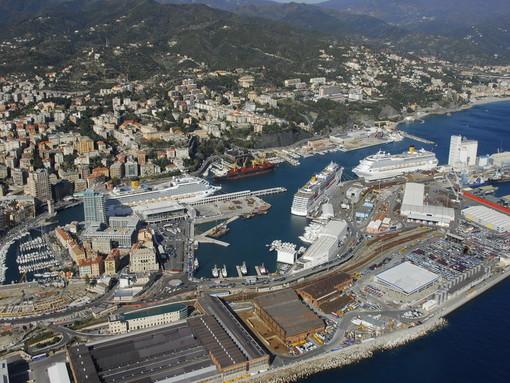 Allerta meteo: Cgil, Cisl e Uil proclamano lo sciopero del porto a Genova, Savona e Vado