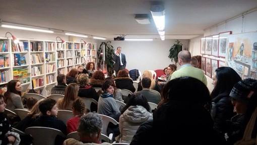 """""""Giù le mani da mense e asili"""": continuano le azioni di lotta del """"Comitato Genitori Savona"""""""