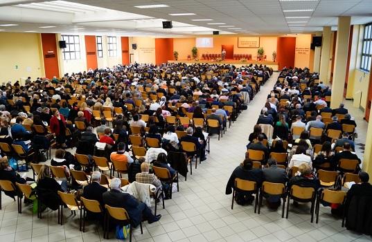 I testimoni di geova ricordano la morte di gesù venerdì 3 aprile in