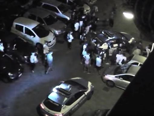 """Auto impazzita tra la folla, il giovane moldavo fa scena muta ma provoca il pm: """"Non mi piace la giustizia italiana"""""""