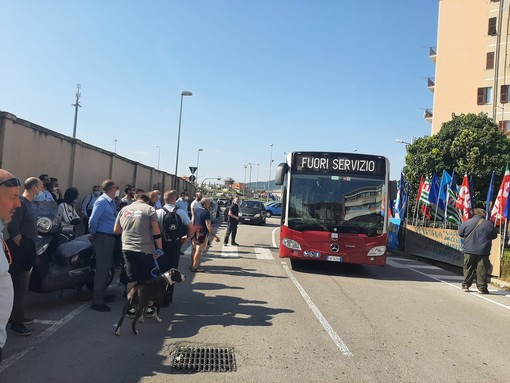 """Aggressioni sugli autobus Tpl, i sindacati chiedono una sorta di Daspo/'Maglietta nera': """"Saremo inflessibili se non avremo garanzie"""""""