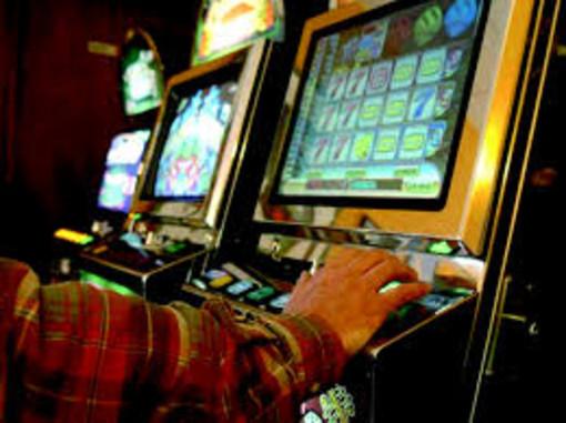 """Gioco d'azzardo, Toti: """"Vogliamo evitare disagio sociale su un territorio che non può permettersi altra disoccupazione"""""""