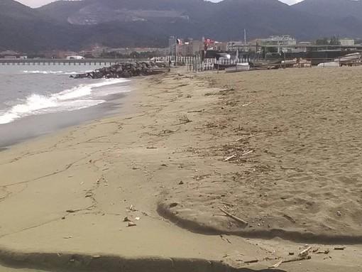 La spiaggia di Zinola
