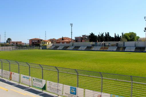 """Il parcheggio dello stadio """"Annibale Riva"""" di Albenga ospiterà il """"drive through"""""""