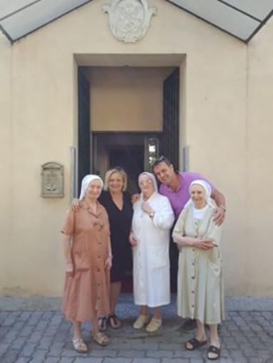 Tornano le suore cappuccine in viale Martiri ad Albenga