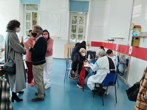 Vaccini under 69, riprendono le somministrazioni di Astrazeneca nel savonese