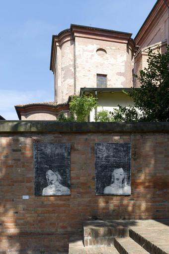L'artista albissolese Silvia Celeste Calcagno in mostra a Faenza