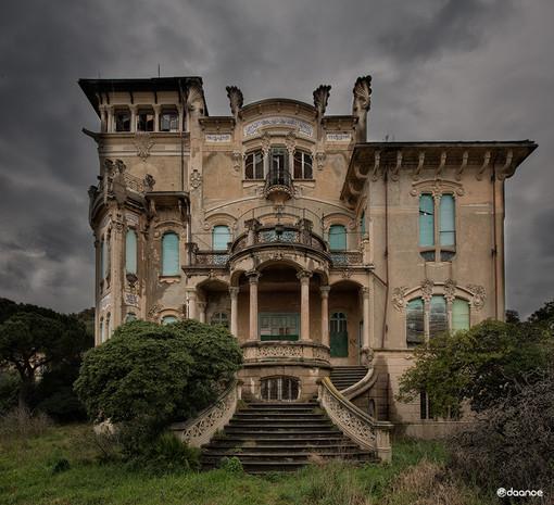 Savona Villa Zanelli da adibire a residenza privata o museo: la proposta arriva dai social con  ''The World Art Nouveau''