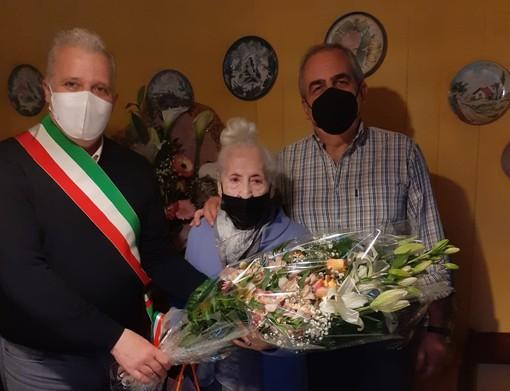 Pontinvrea, festa per i 100 anni di Caterina Zunino (FOTO)