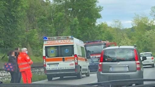 Auto perde il controllo lungo la Sp 29 del Cadibona: soccorsi mobilitati