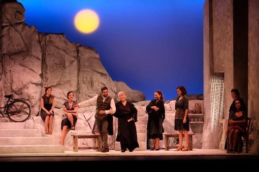"""A """"Liolà"""" il Premio CCIAA Riviere di Liguria per la 53esima edizione del Festival Teatrale di Borgio Verezzi"""