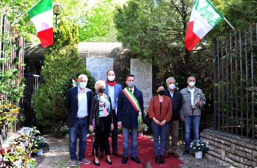 Albenga, un sentito omaggio al Fortino dei Martiri della Foce per celebrare il 25 aprile (FOTO)